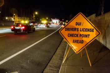 dui_checkpoint_sign-orangecountyweekly